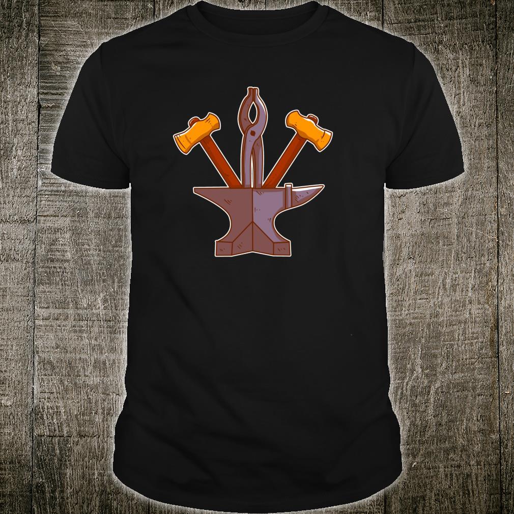 Schmiedewerkzeug mit Amboss, Hammer und Zange Handwerker Shirt