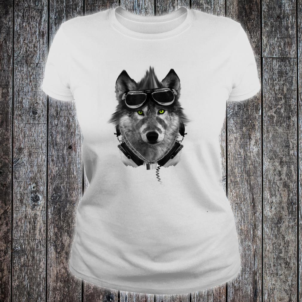 Vintage Retro 70s Wolf Rock Music Band Shirt ladies tee